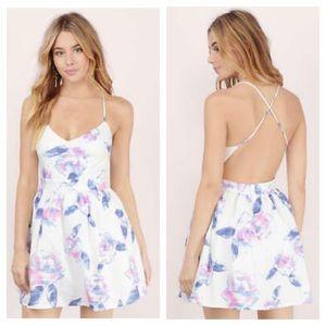 Tobi Whote Floral Backless Under Tulle Dress